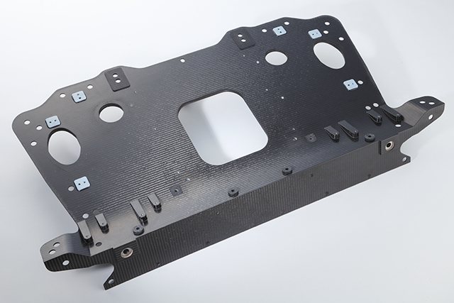 Dedicated carbon rear bulkhead